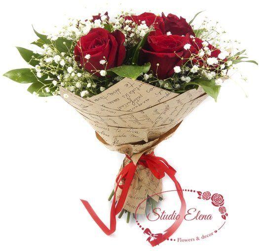 Букет с роз, украшенный гипсофилой — Вирита