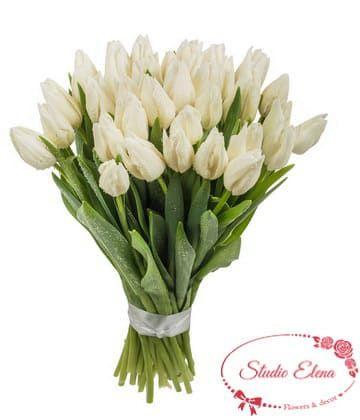 Акуратний букет з білих тюльпанів - Весняна капель
