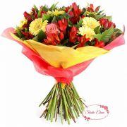 Восхитительный букет из 7 желтых гербер, 3 алых роз — Манго