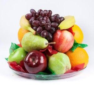 Піднос з сезонними фруктами