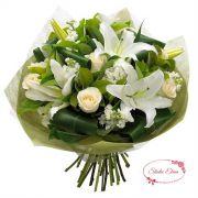 Букет из гортензий, лилий и роз в белом цвете — Верочка