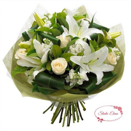 Букет з гортензій, лілій і троянд в білому кольорі - Вірочка