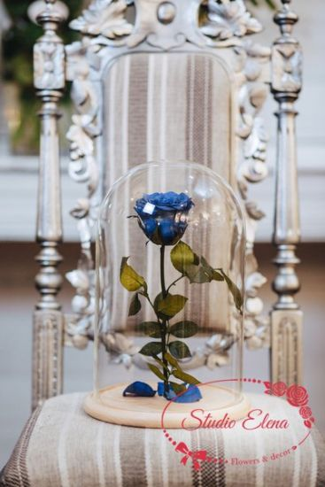 Роза в колбе Flourish