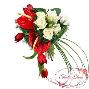 Букет з антуриумов, тюльпанів і троянд - Салют