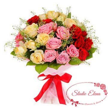 Букет разноцветных роз — Ассорти