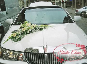 Прикраса весільного автомобіля - Мініма