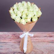 25 белоснежных роз Мондиаль — Парус чувств