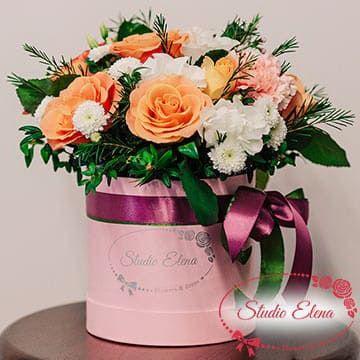Нежные цветы в коробке — Милана