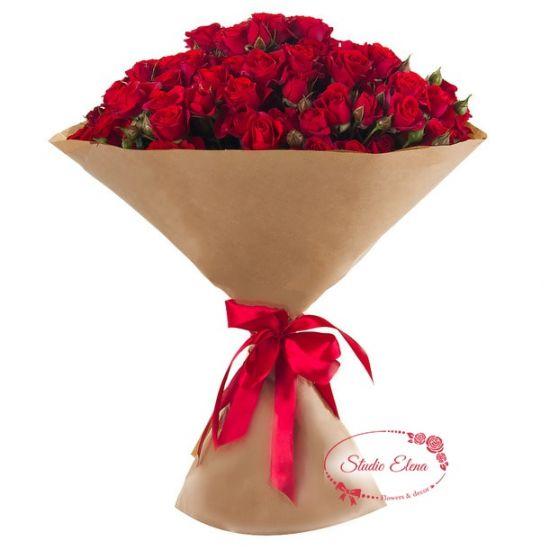 Букет з гілок червоної троянди - Щирість