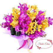 Яскравий букет з 11 жовтих і фіолетових фрезій - Шима