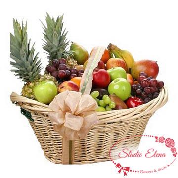 Экзотические фрукты в корзине — Мальдивы
