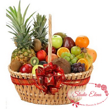 Свіжі фрукти в кошику - Фруктова насолода