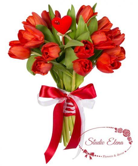 15 красных тюльпанов — Весенняя страсть