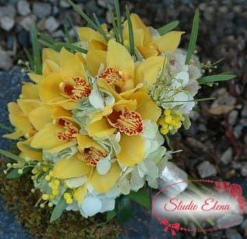 Яркий желтый свадебный букет — Санни