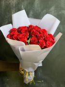 Романтичный букет из 25 красных роз