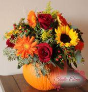 Веселая тыковка — микс роз и гербер
