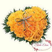 Желтые розы в виде сердца — Мелодия сердца