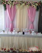 Украшение свадебного зала цветами — Ваниль
