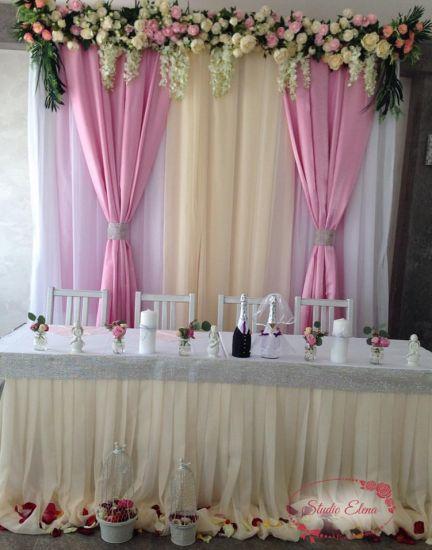 Прикраса весільного залу квітами - Ваніль