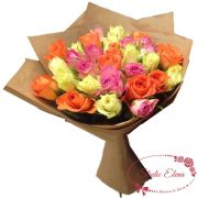 Микс из 50 светлых роз в букете — Азарт