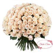 Букет из 101 кремовой розы цвета пудра — Альфрад
